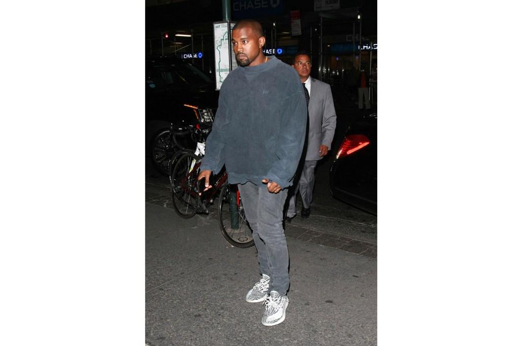 adidas Yeezy Boost SPLY 350 V2 Core Black White Oreo Kanye West