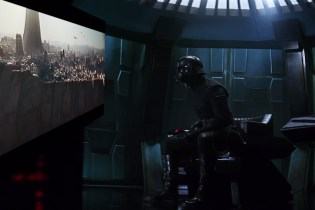 Kylo Ren Flips out When Watching the 'Star Wars: Rogue One' Trailer