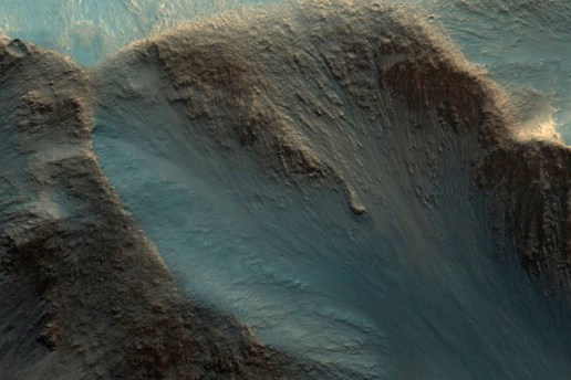 NASA Releases Over 1,000 Images of Mars's Otherworldly Landscapes
