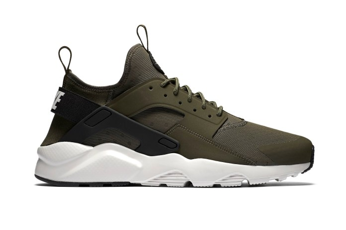 "Nike Delivers a ""Cargo"" Iteration of the Air Huarache Ultra"