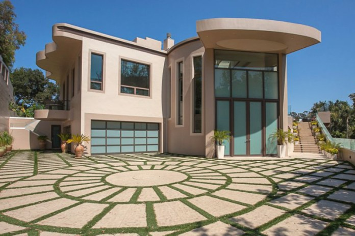 Rihanna's Swanky Palisades Mansion Is up for Grabs Once Again