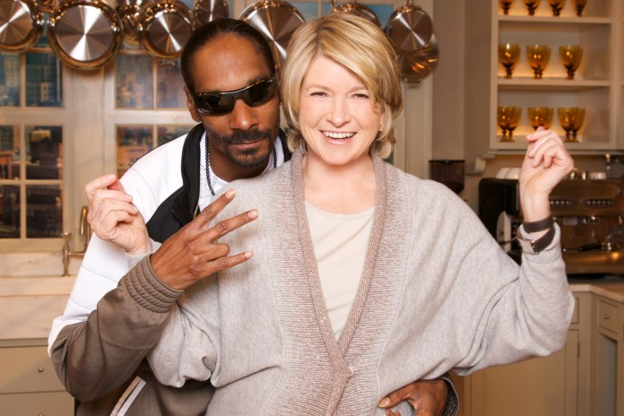 Snoop Dogg and Martha Stewart Are Getting Their Own Cooking Show