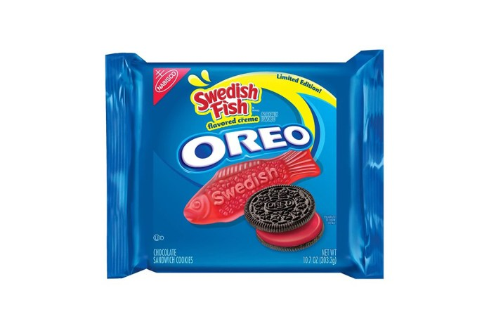These Swedish Fish Oreos Are Available for a Limited Time