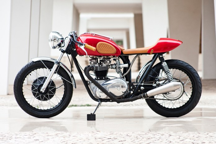 The Triumph TR6R Gets a Clean Custom Makeover
