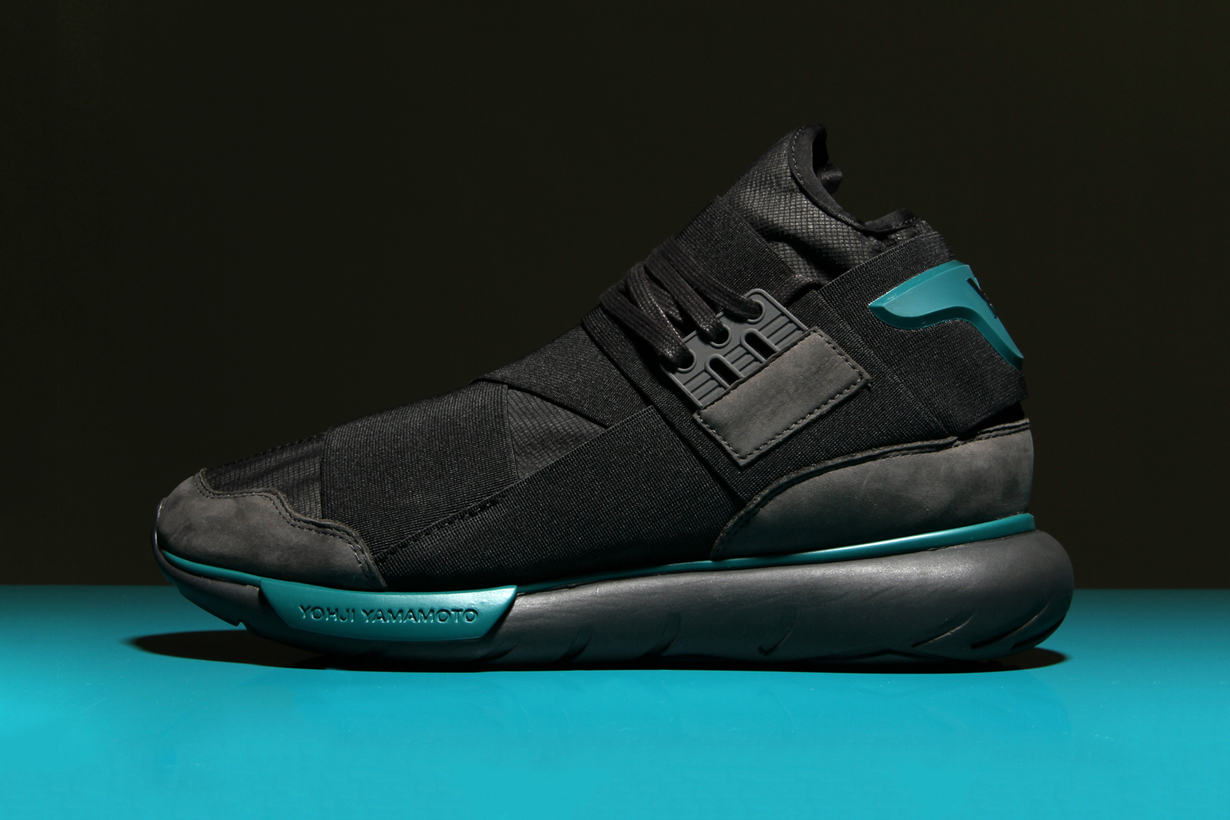 """Y-3's Qasa Hi """"Chamel Grey"""" Features a Pop of Color Perfect for the Upcoming Season"""