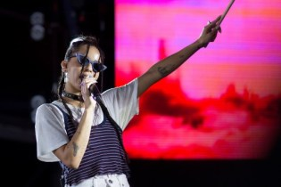See Zoë Kravitz, Kali Uchis and More Style at New York City's Full Moon Festival