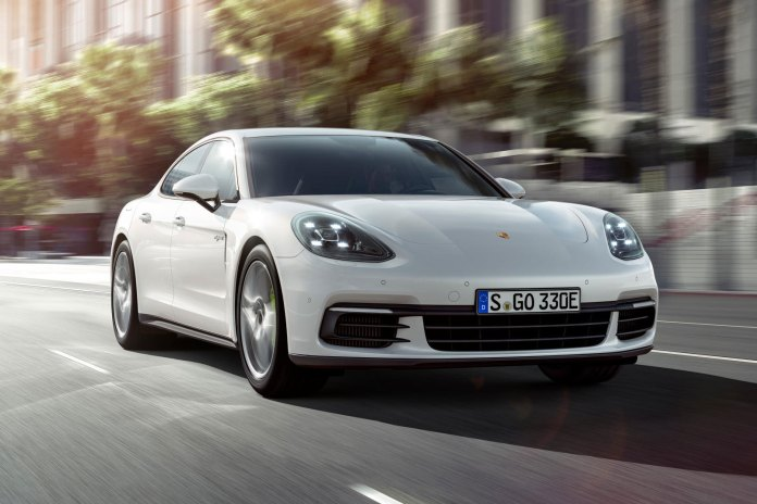 The 2018 Porsche Panamera 4 E-Hybrid Is Both Powerful and Fuel Efficient