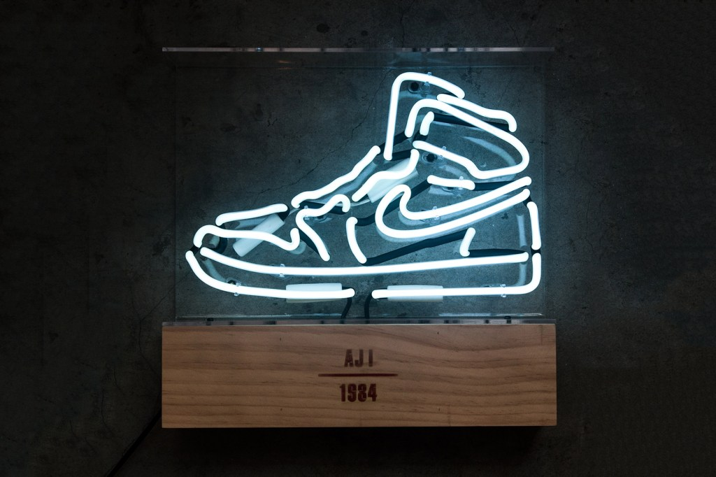 Air Jordan 1 Neon Light Hypebeast