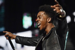 "Desiigner Visits 'Jimmy Kimmel Live!' to Perform ""Tiimmy Turner"" & ""Panda"""