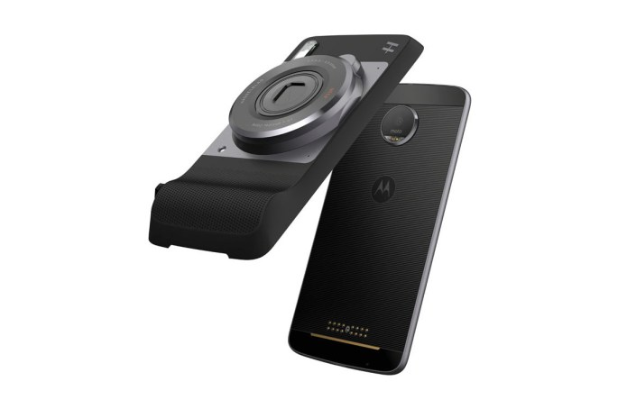 Hasselblad Debuts Phone Attachment That Adds RAW and 10x Zoom