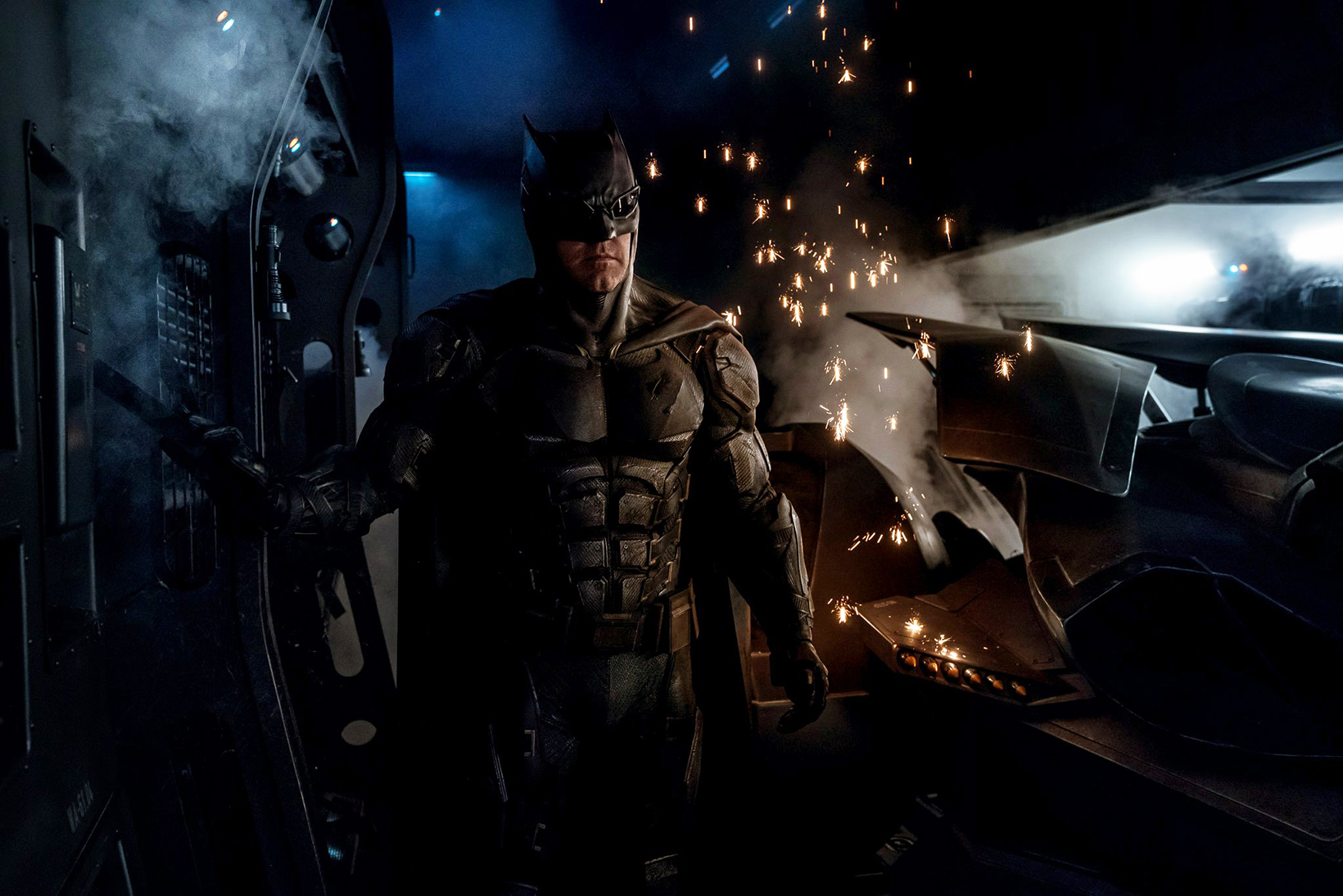 Zack Snyder Offers a First Look at Batman's Tactical Batsuit From 'Justice League'