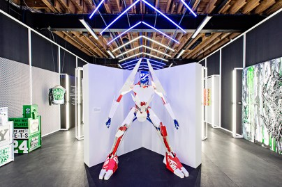 """Nike Celebrates NFL """"Color Rush"""" Jerseys With NYC Artists"""