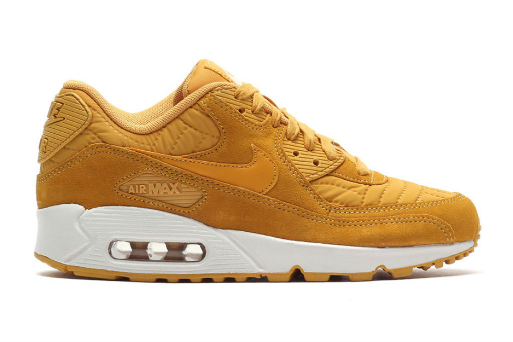 "The Nike Air Max 90 Arrives in New ""Quilted'' Style"