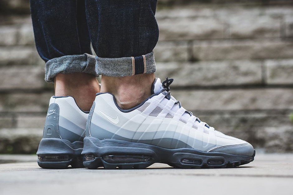 "Nike Air Max 95 ""No-Sew"" Is a Modernized Classic"