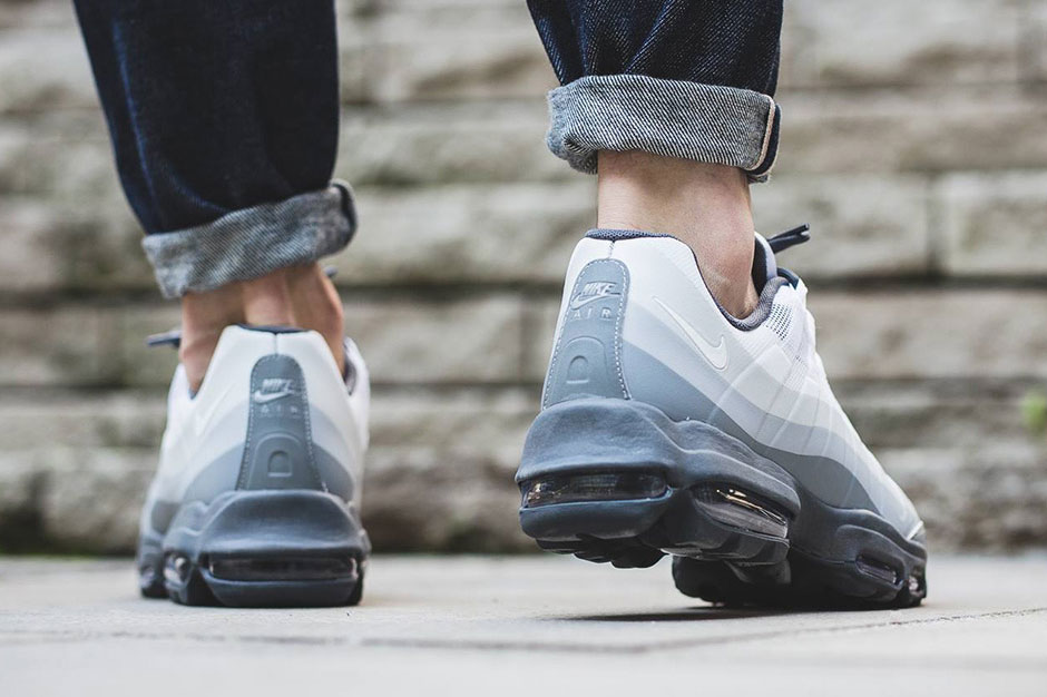 Nike Air Max 95 Ultra Essential Trainers In Grey