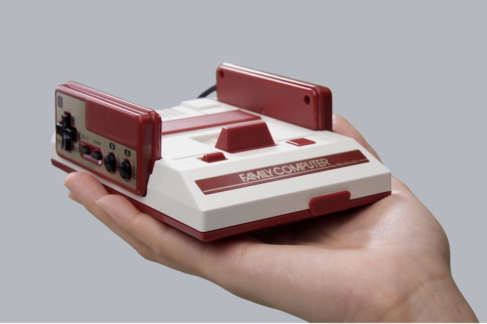Nintendo Announces Famicom Mini Console for Japan