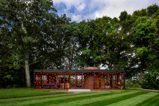 Yayoi Kusama's Signature Polka Dots Decorate Philip Johnson's 'Glass House'