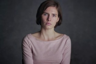 Do You Suspect or Believe Accused Murderess 'Amanda Knox'?