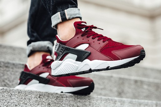 'Team Red' Colorway Is Coming to the Nike Air Huarache