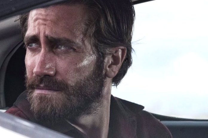 A Dark Past Haunts Jake Gyllenhaal in Tom Ford's 'Nocturnal Animals'