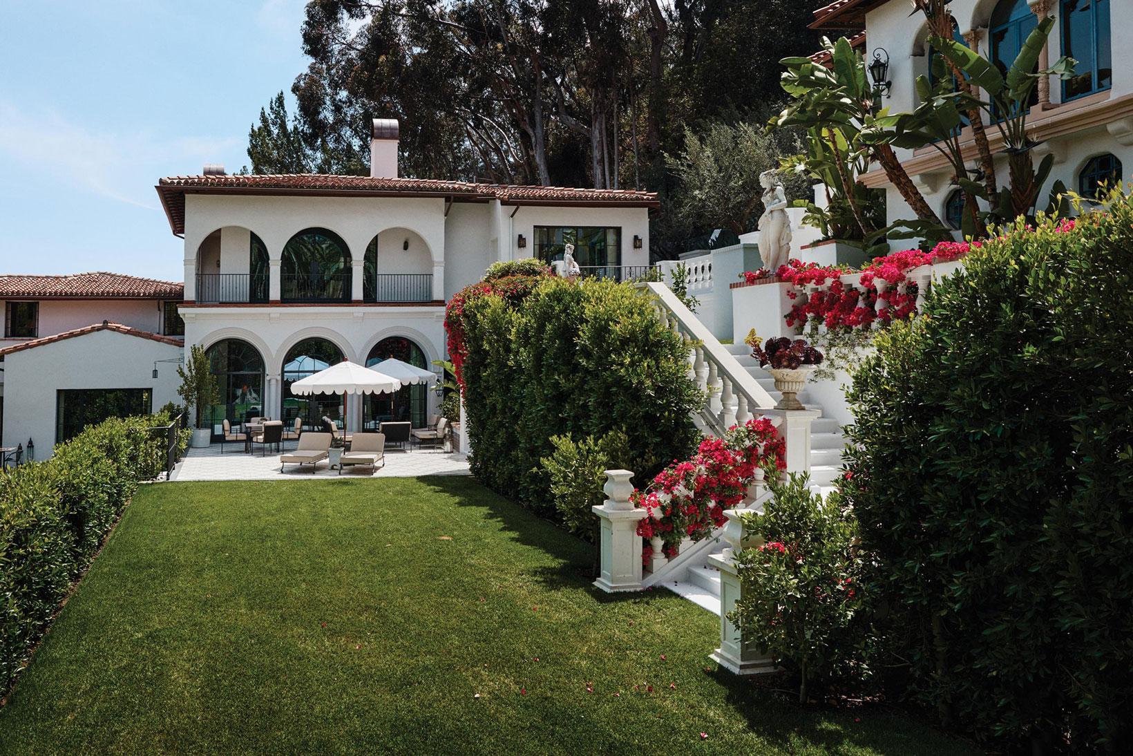 Take a Look Inside VICE CEO Shane Smith's Santa Monica Mansion