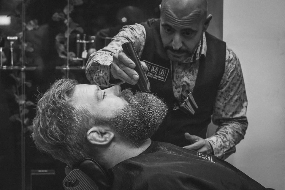 10 old school barbershops vintage style grooming hypebeast. Black Bedroom Furniture Sets. Home Design Ideas