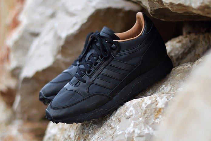 "adidas Originals Returns With the Mounfield II SPZL in ""Core Black"""