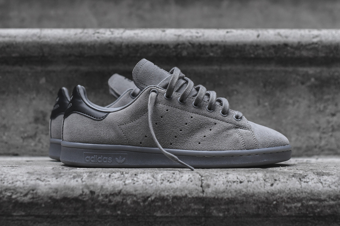 adidas covers the stan smith in charcoal suede hypebeast. Black Bedroom Furniture Sets. Home Design Ideas