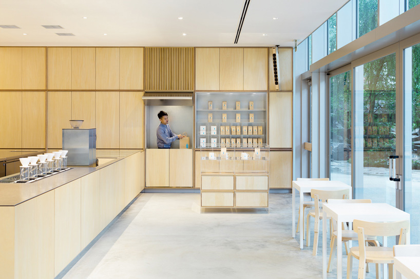 A Fourth Blue Bottle Café Opens in Tokyo, Designed by Schemata Architects
