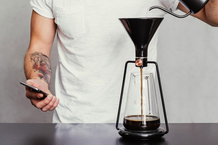 The GINA Smart Coffee Instrument Is Art for Your Kitchen Counter