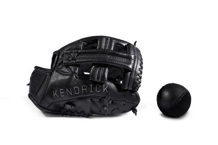 KILLSPENCER Expands Its Range of Luxury Athletic Items With Premium Baseball Gloves