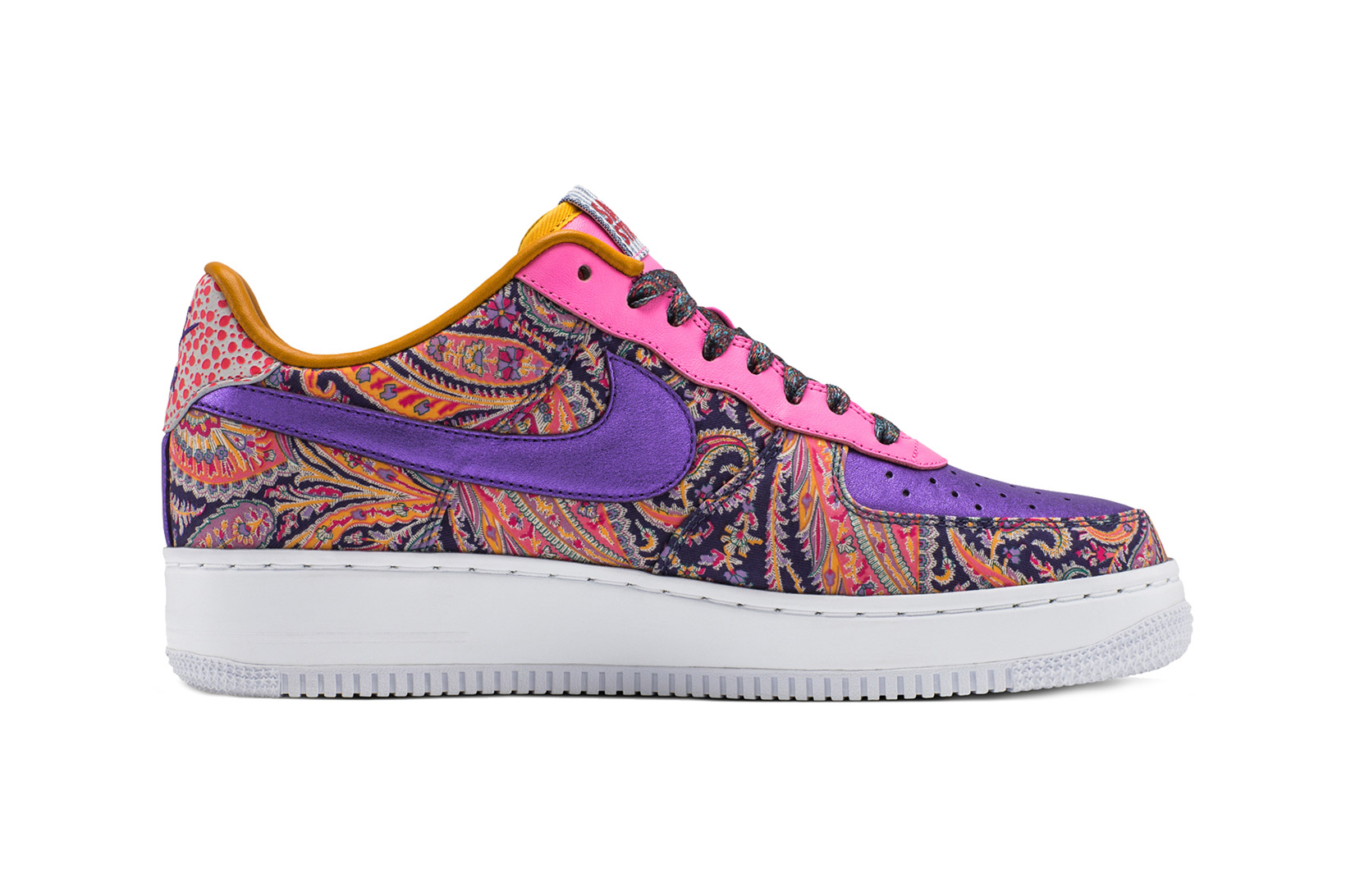 Nike's Iconic Air Force 1 Silhouette Receives a Bold Twist via Craig Sager