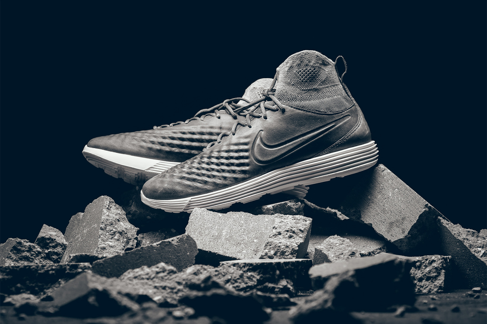Nike Brings Back the Original Lunar Sole for the Lunar Magista II Flyknit