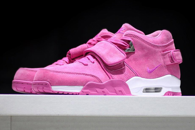 Sneaker Room Works With Victor Cruz for the Breast Cancer Awareness Air Trainer Cruz