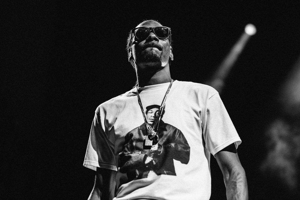 """Snoop Dogg's New Song Samples Kaytranada & BADBADNOTGOOD's """"Lavender"""""""