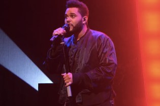 "The Weeknd Performs ""Starboy"" and ""False Alarm"" on 'SNL'"