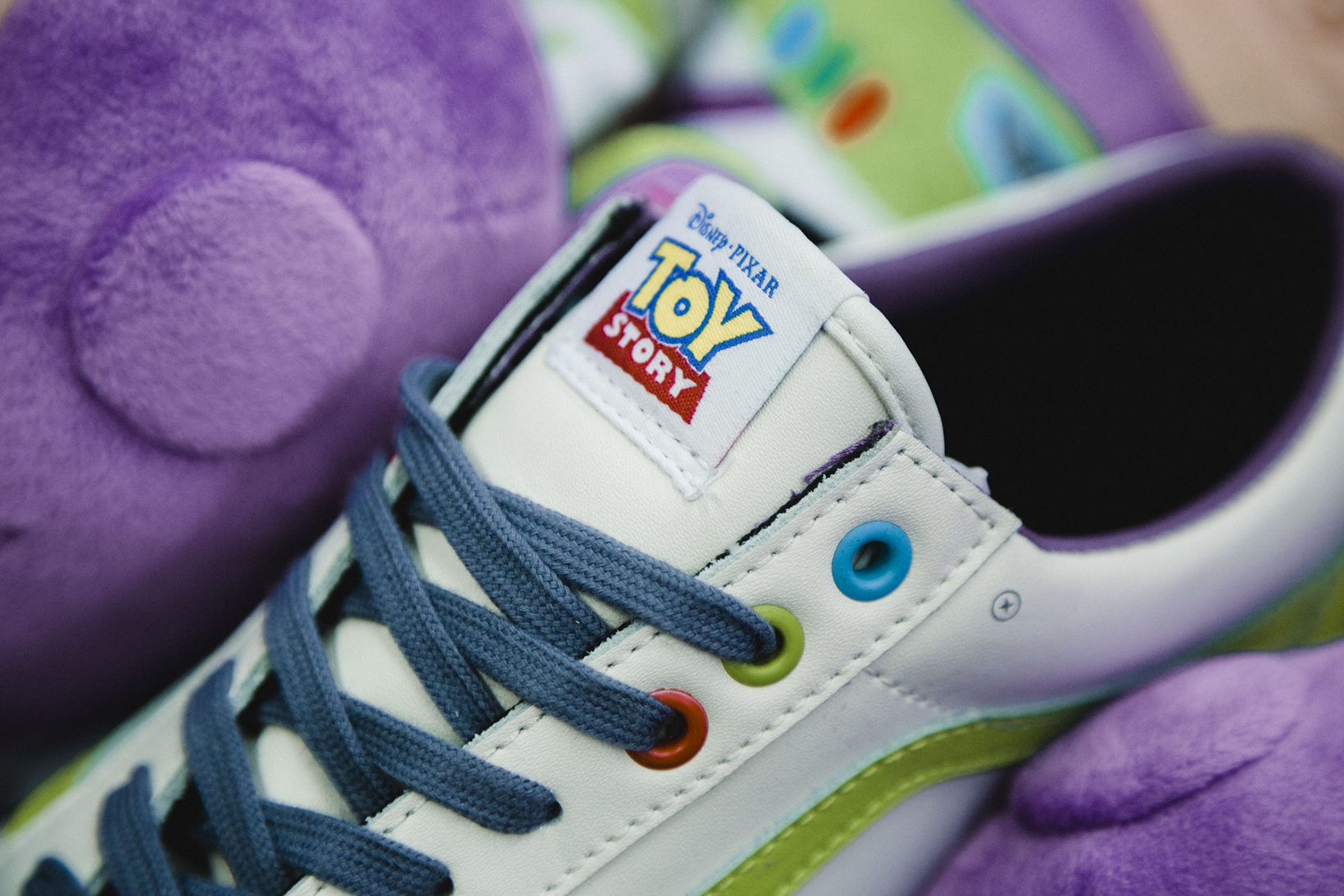Toy Story Vans Sneakers Woody Buzz Lightyear Disney - 1765036