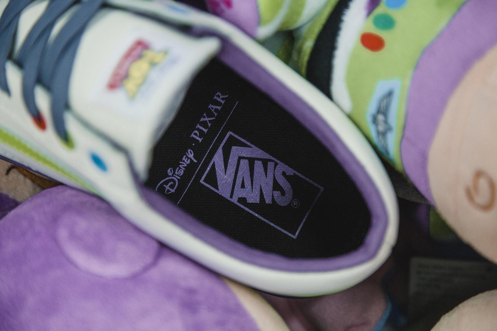Toy Story Vans Sneakers Woody Buzz Lightyear Disney - 1765032