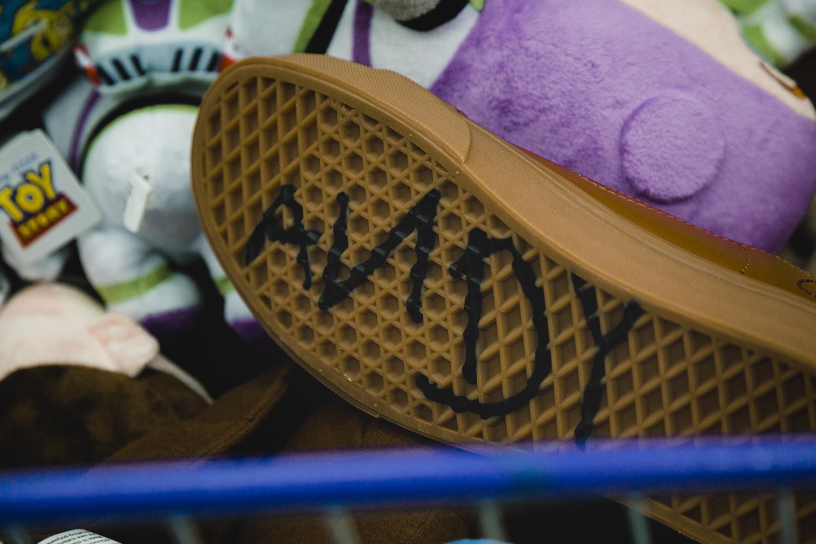 Toy Story Vans Sneakers Woody Buzz Lightyear Disney - 1765029