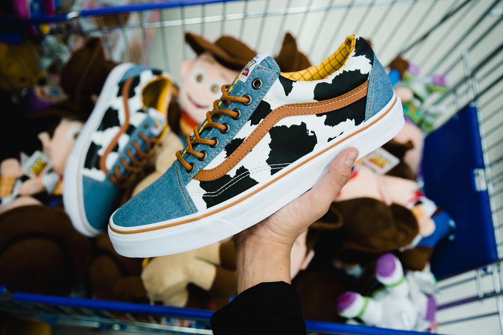 Toy Story Vans Sneakers Woody Buzz Lightyear Disney - 1765052