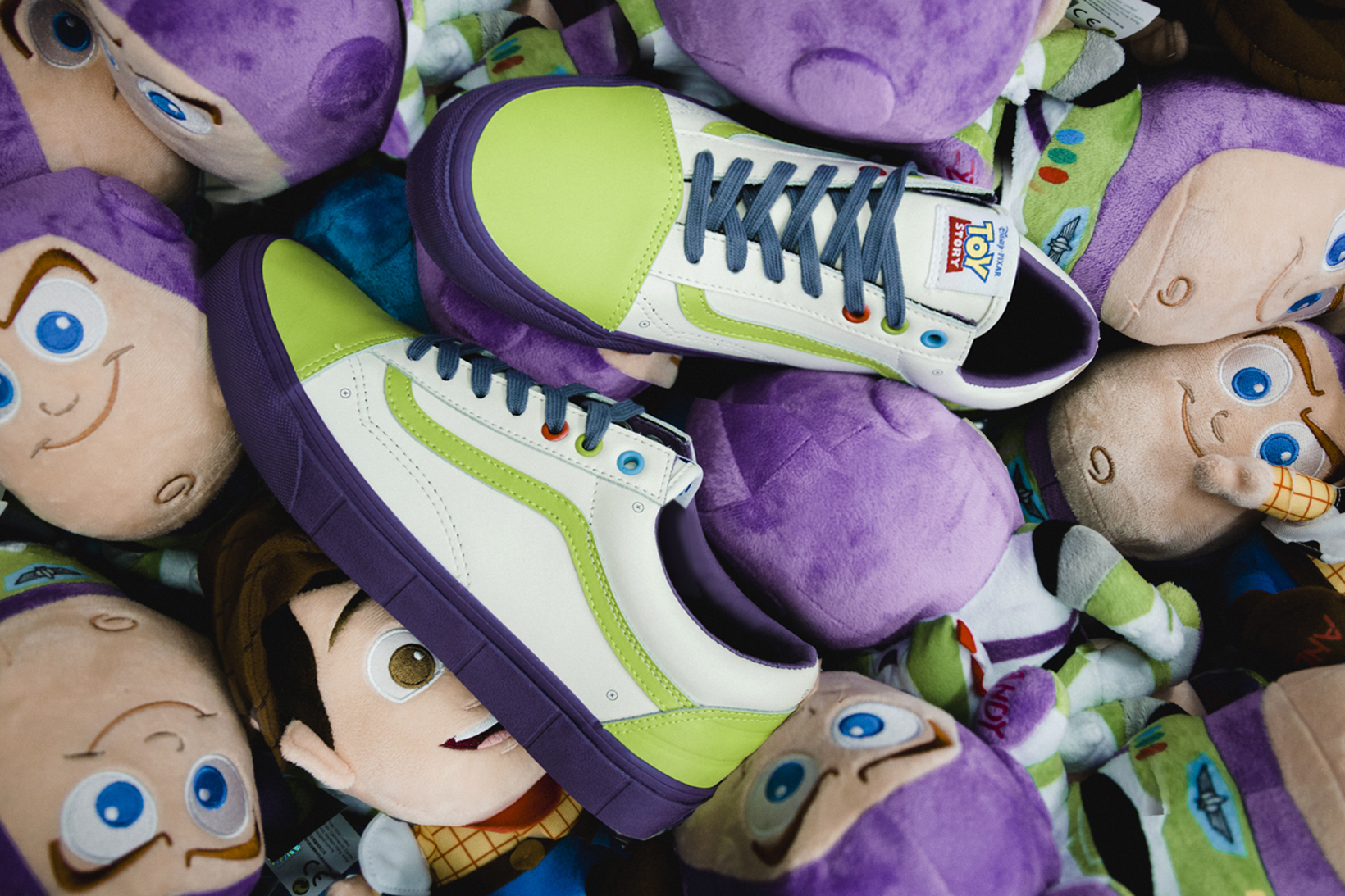 Toy Story Vans Sneakers Woody Buzz Lightyear Disney - 1765037
