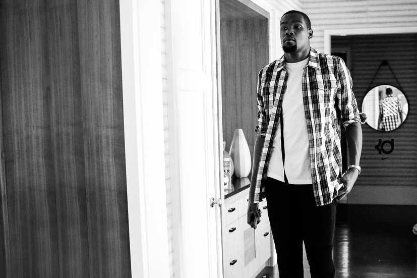 Here's Your Chance to Win a Stay at Kevin Durant's Bay Area Gallery