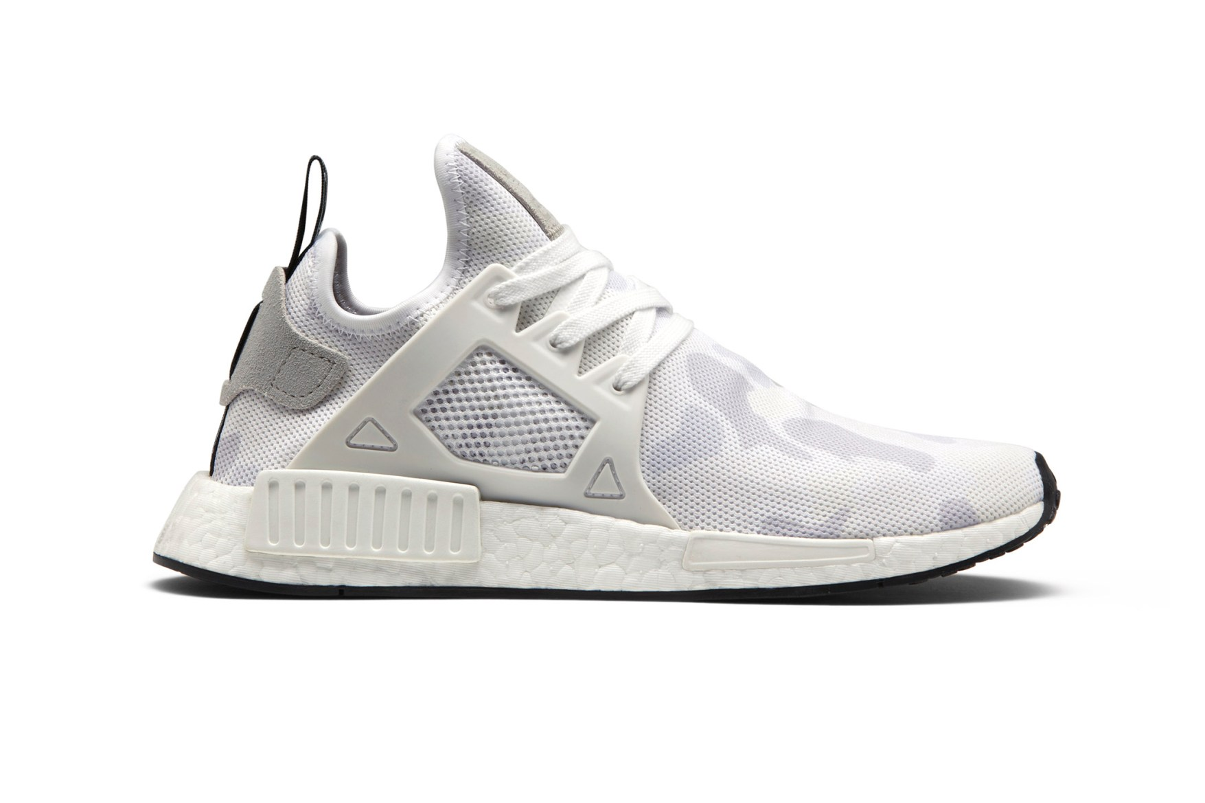 the best attitude 1cf54 98cdc Adidas Mens and Womens Originals GS NMD XR1 Primeknit Core