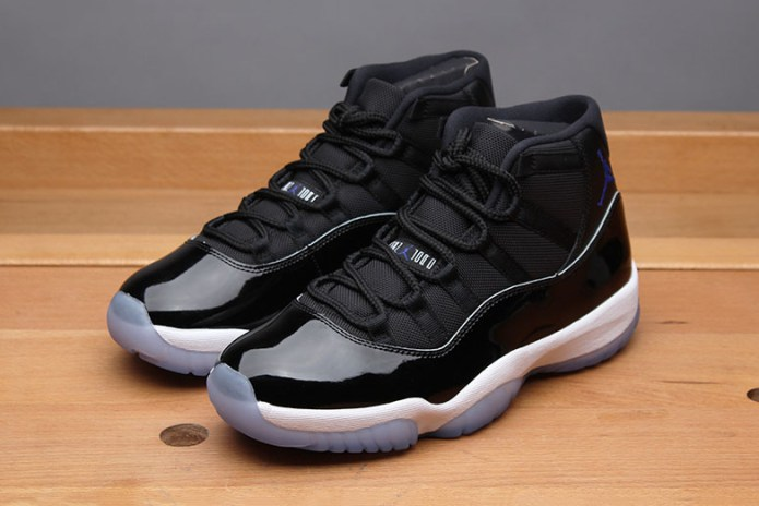 "A Closer Look at the Air Jordan 11 ""Space Jam"""
