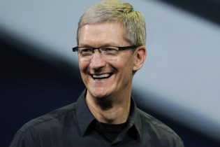 Apple Is Reportedly Looking Into Developing Smart Glasses