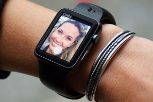 The Apple Watch Can Now Take Selfies