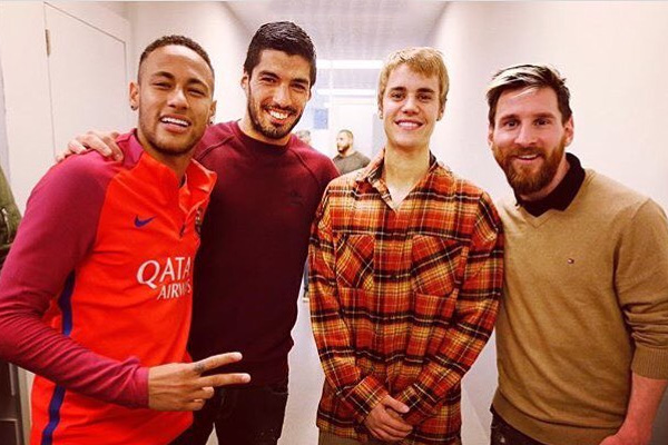 Justin Bieber Plays Ball With Leo Messi, Neymar Jr. and Luis Suarez