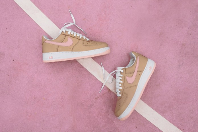 """Here Is a Better Look at the KITH Exclusive Nike Air Force 1 """"Linen"""" Re-Release"""