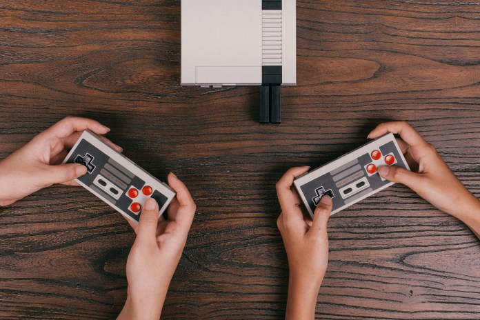 You Can Now Play Your NES Classic Wirelessly