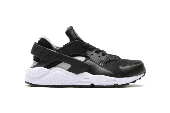 Nike Brings a Clean Black & White Colorway to the Air Huarache